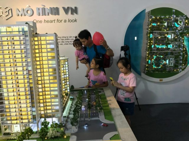 mo-hinh-kien-truc-du-an-Vietbuild_mo-hinh-chuyen-nghiep_-lam-mo-hinh-lam-sa-ban-kien-truc_ Architectural-Scale-Model-Maker_scale-model_diorama_mohinhvn (9)